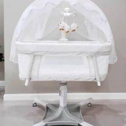 Dream on me évolur Baby Bassinet Swivel Sleeper White PL681