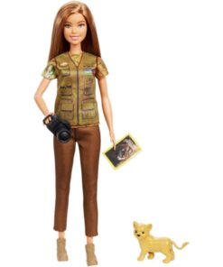 Barbie I Can Be Nat Geo Doll Green - GDM44